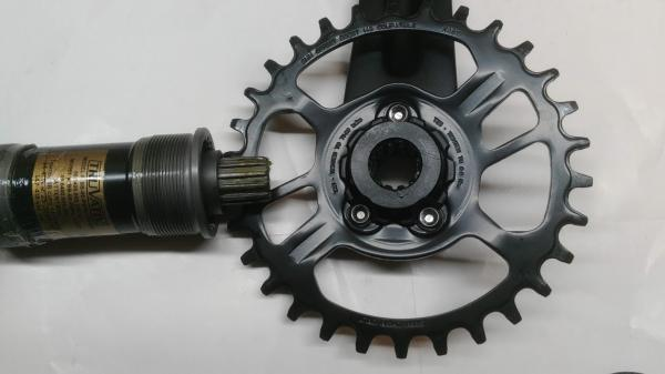 Skliky Sram NX 1x11 30T 175mm + osa Power Spline